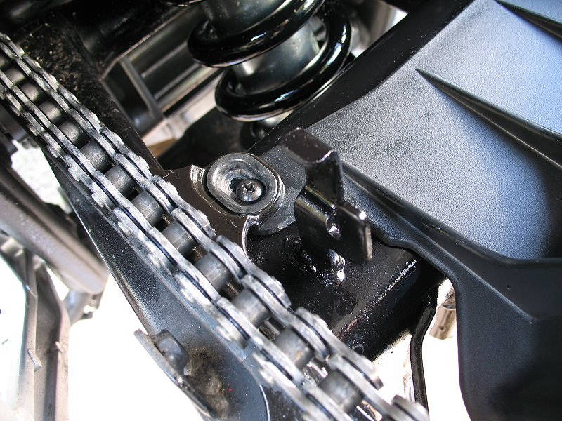 Honda%20NC700X%20Fitting%20Rossocromo%20Hugger%202.jpg