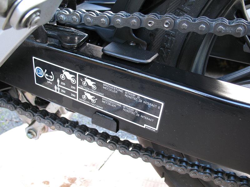 Honda%20NC700X%20Fitting%20Rossocromo%20Hugger%203.jpg